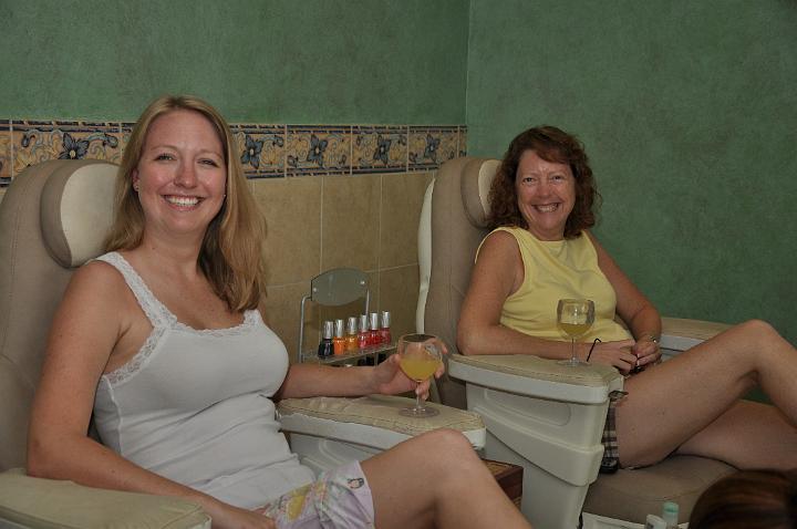 Heather and Linda