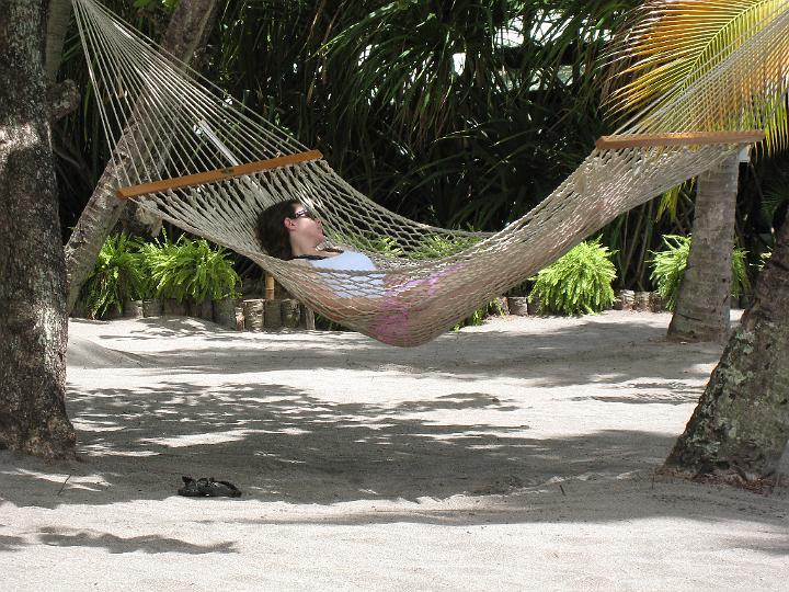 E in hammock
